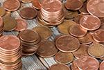 Bild zeigt viele Centmünzen