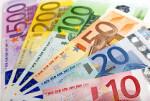 Bild zeigt aufgefächerte Geldscheine